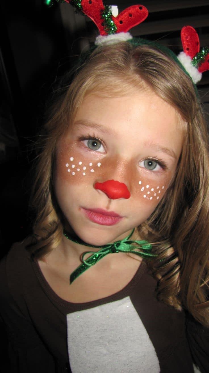 Pintacaras de Rudolph en los mofletes