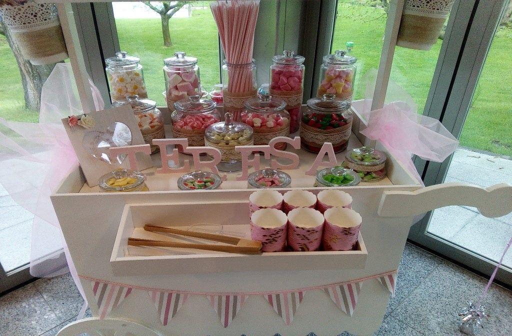 Cómo decorar la mesa dulce