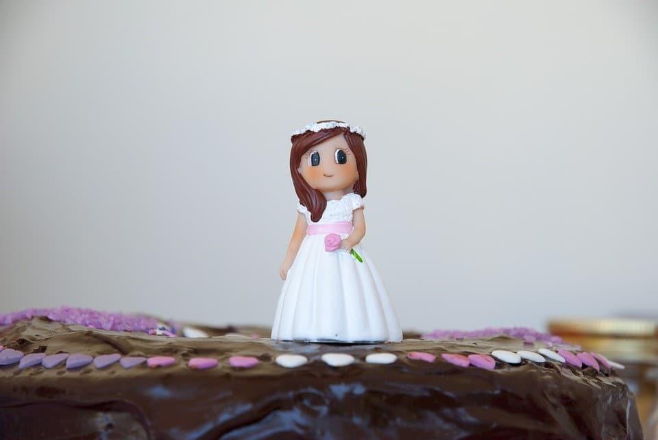 Por supuesto no olvidar la tarta de comunión