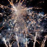 ¡Organiza una ceremonia mágica con fuegos artificiales para bodas!